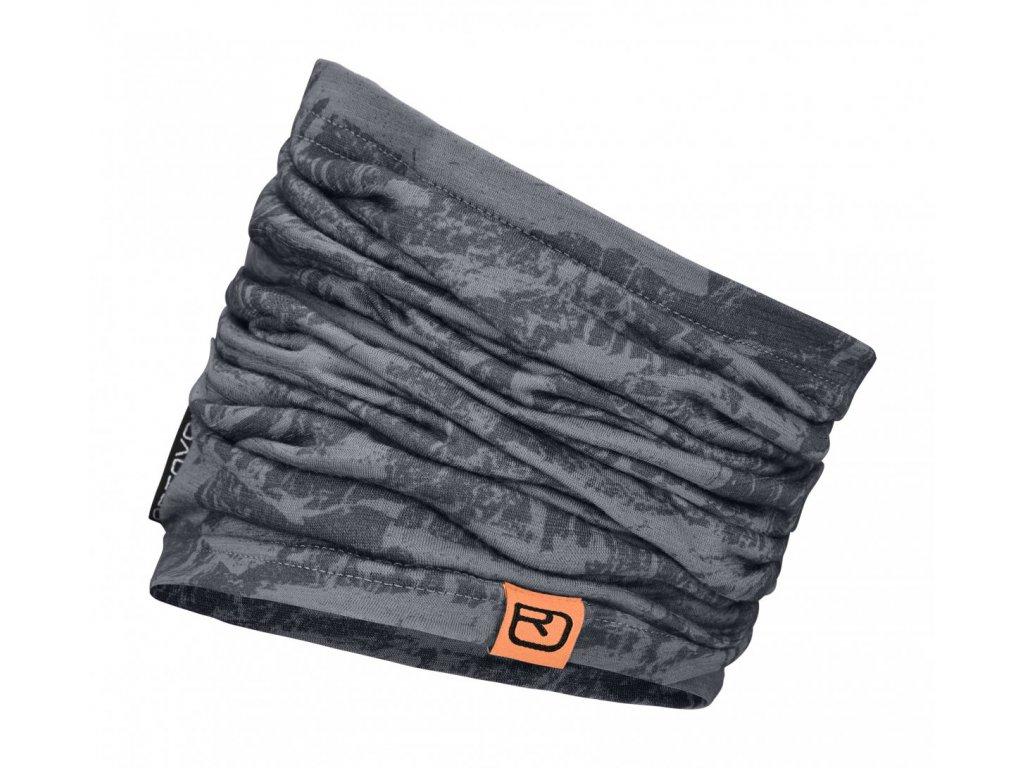 merino headwear 120 tec neckwarmer 67006 black ste5c5c03e10e154 1200x2000[1]