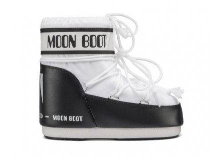 moon boot 1