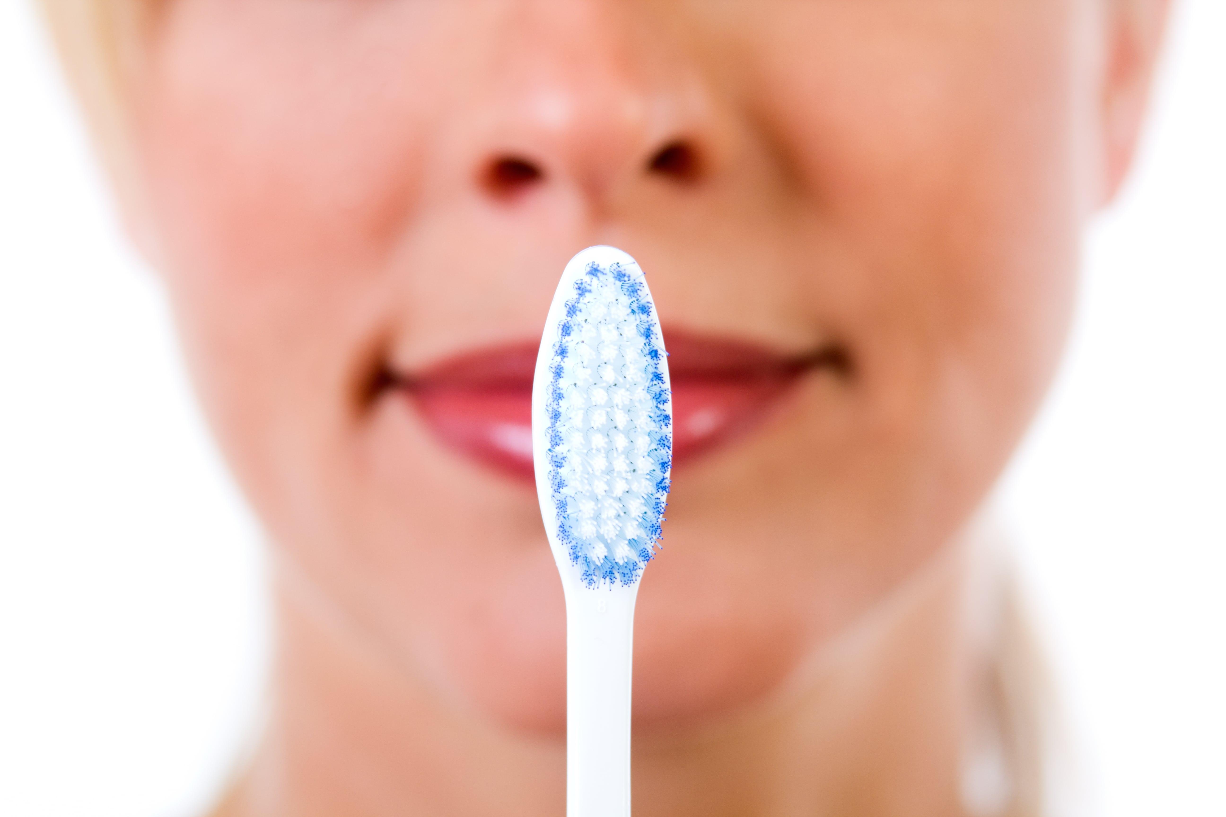 Bakterie v ústech. Co vám žije v puse?