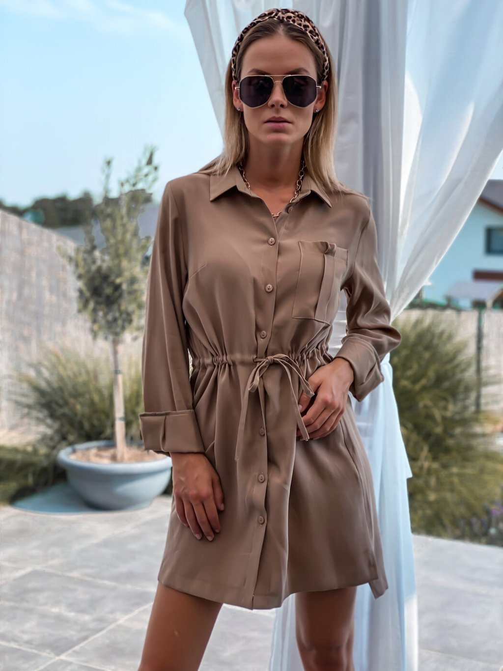 -Dámské šaty Béžová