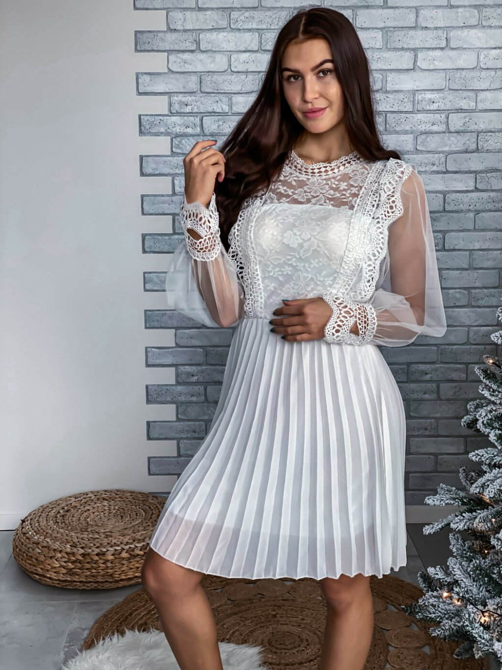 -Dámské šaty Juliana Bílá