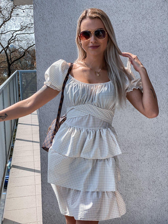 - Dámské šaty Carla