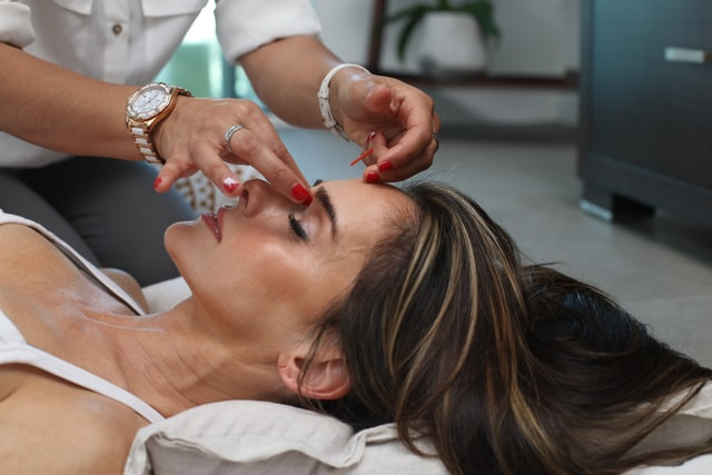Jak na efektivní masáž obličeje – díl I.