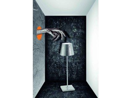 25527 zafferano dotykova stolova lampa strieborna poldina