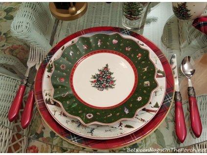 -15% Toy's Delight - Obedový set 18 ks tanierov, zelený + polievková misa 2,5l - Villeroy & Boch