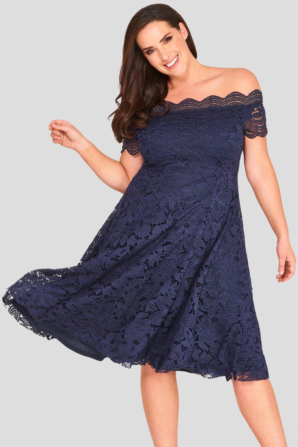 Krajkové šaty Avant Garde s rozšířenou sukní tmavě modré 1