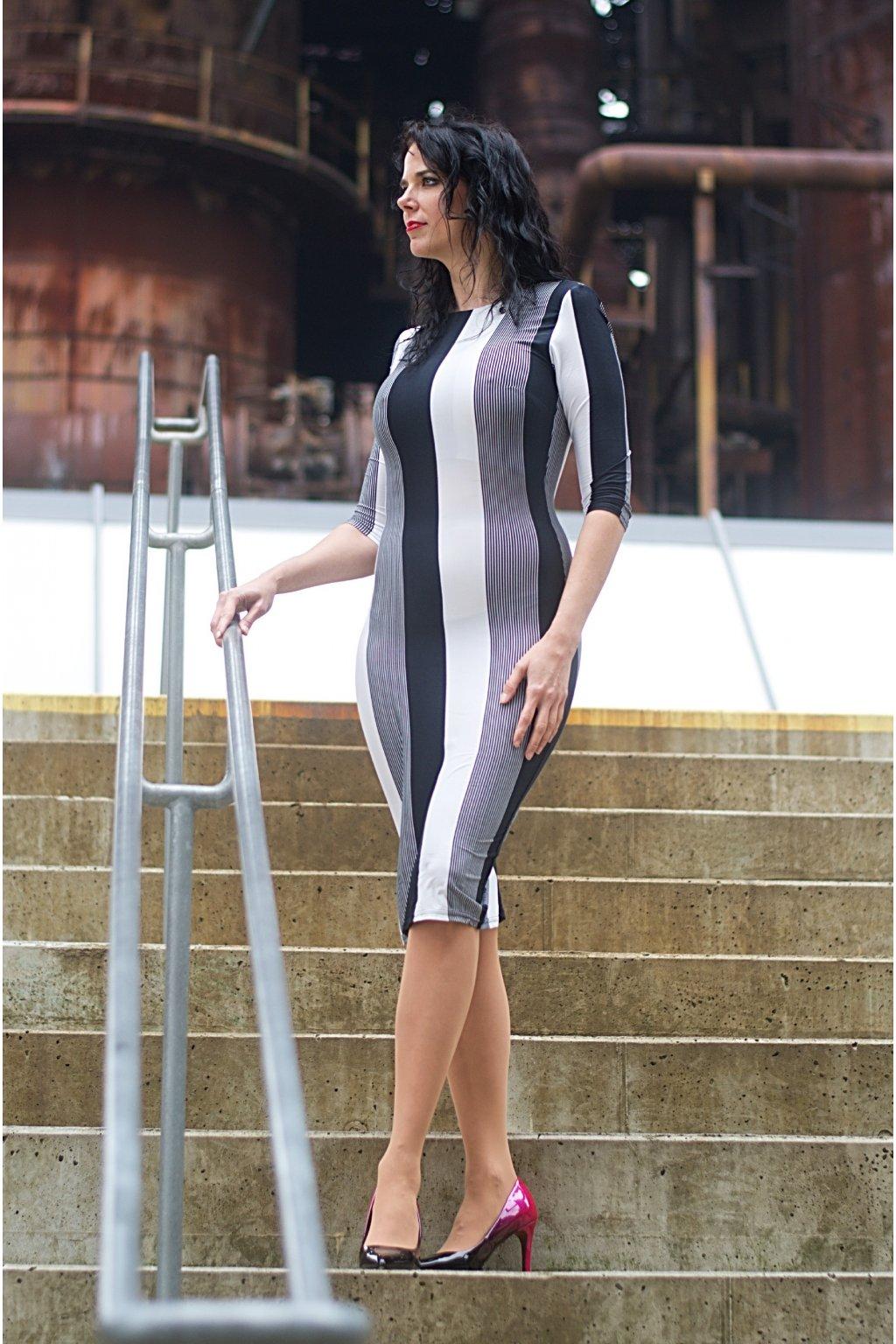 Úpletové šaty Sonya pruhovane 5