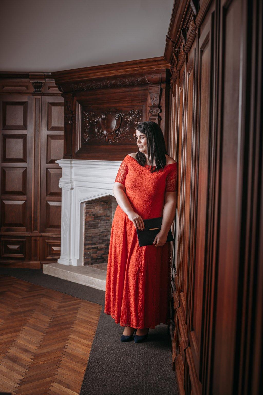 Dlouhé krajkové šaty Marble s krátkým rukávem červené 5