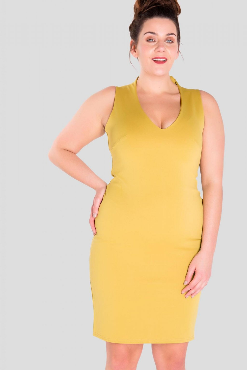 Krásné šaty Jenner s výstřihem olivové 2