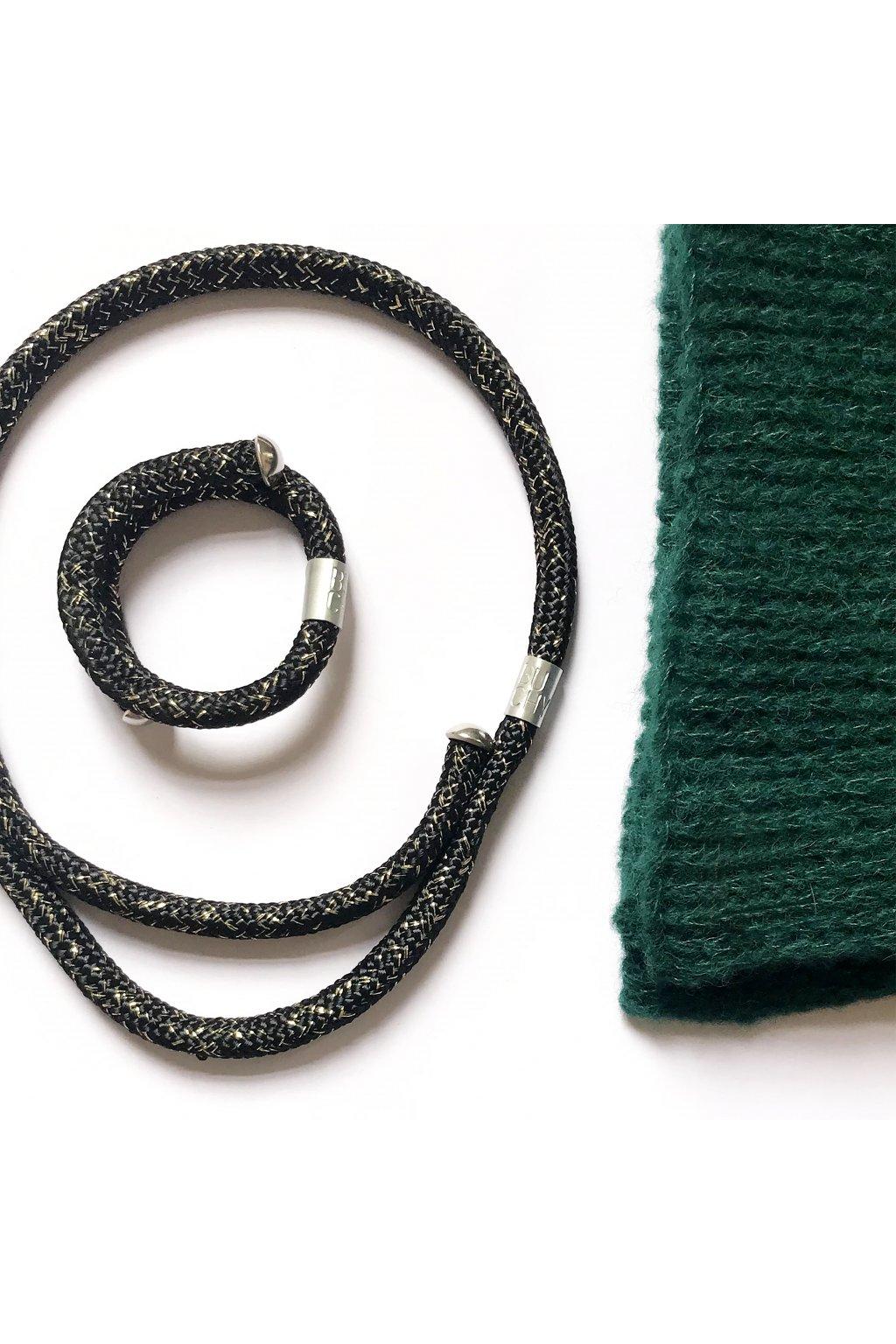 Černozlatý náhrdelník