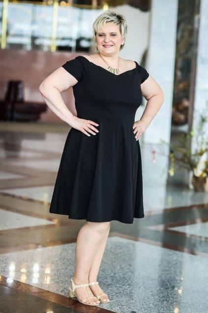 Černé šaty Honey s rozšířenou sukní 5