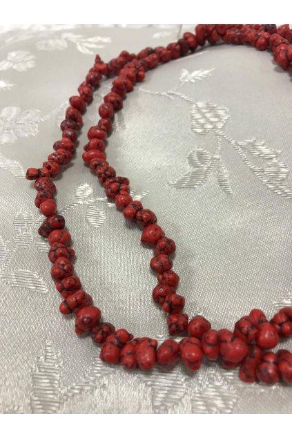 Dlouhé korále BD z červených kamenů 1