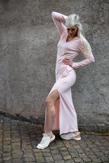 Dámské maxi šaty pudrové 2