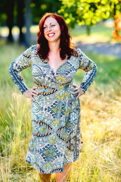 Zavinovací šaty Kirsty Bellazu 5