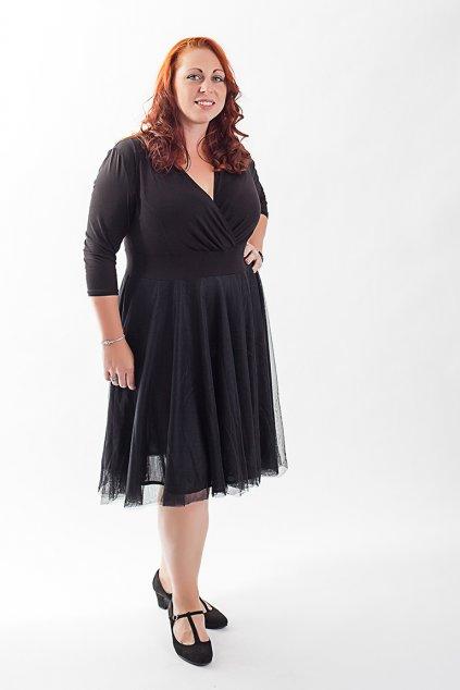 Splečenské šaty Charlotta Bellazu s jemnou splývavou sukní a délkou po kolena 1