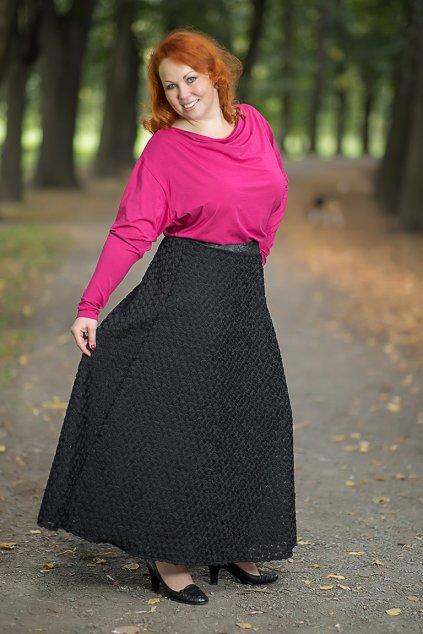 Dlouhá sukně Chantelle s vyšívanými 3D růžičkami černá 1