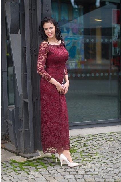 Dlouhé krajkové šaty Oasis s průsvitnými rukávy vínové 5