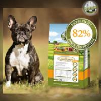 Hmyzí protein? Nepotřebuje můj pes skutečné maso?