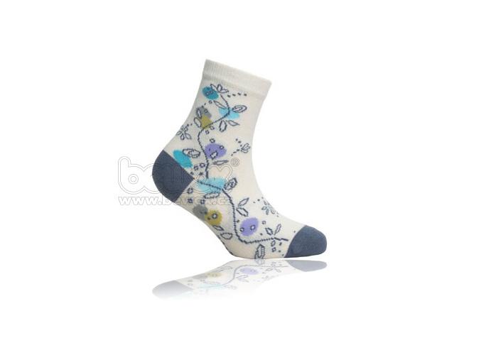 Dívčí ponožky WOLA vzor KYTIČKY