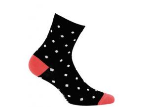 Dětské ponožky WOLA se vzorem PUNTÍKY