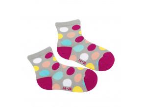 Dívčí ponožky WOLA BAREVNÉ PUNTÍKY