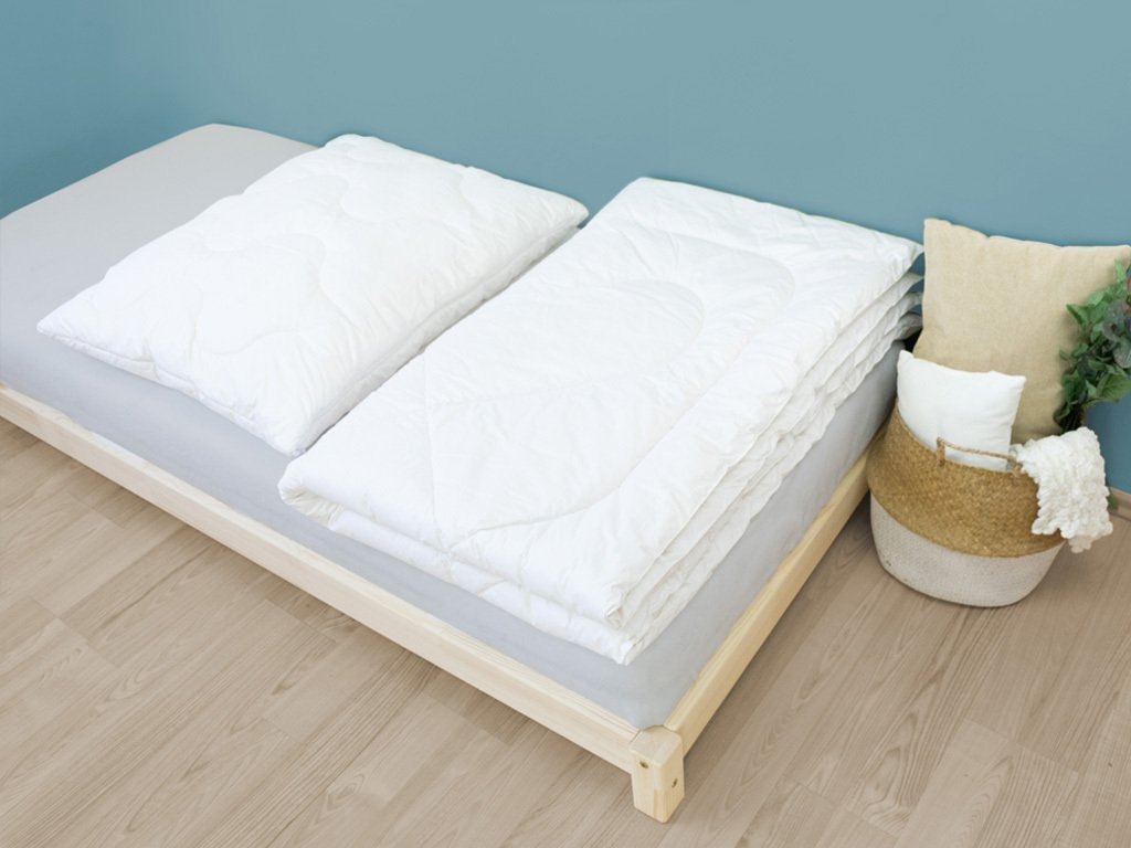 Set: Woolen Blanket + Woolen Double Pillow
