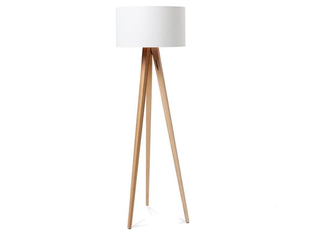 Vyměňte svíčky za designovou stojací lampu
