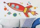 Samolepící auta, bagry nebo rakety nejen do klučičího pokoje