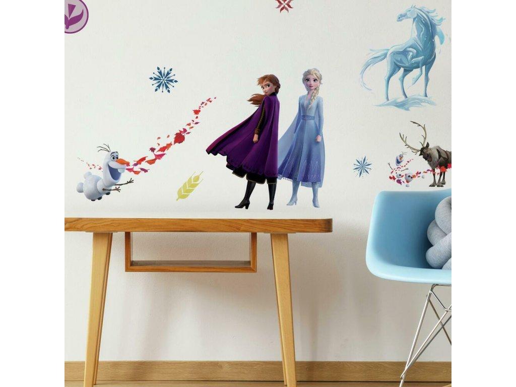 Samolepky na zeď s Disney motivem ELSA A ANNA