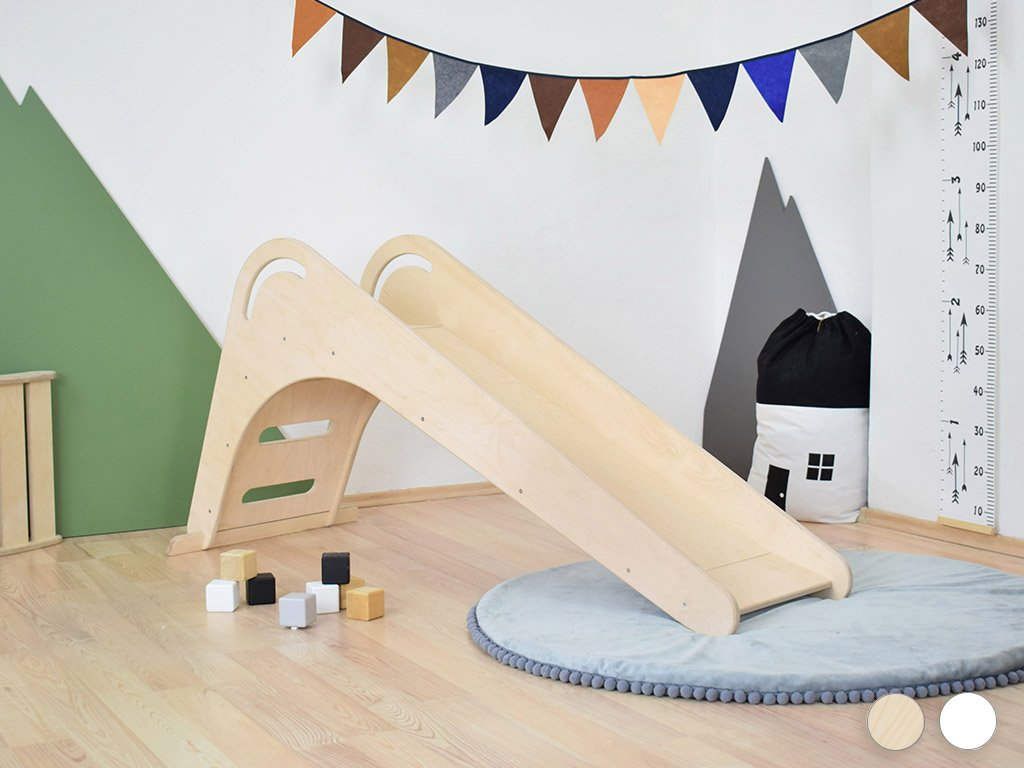 Tobogan de interior din masiv FICHEE pentru copii