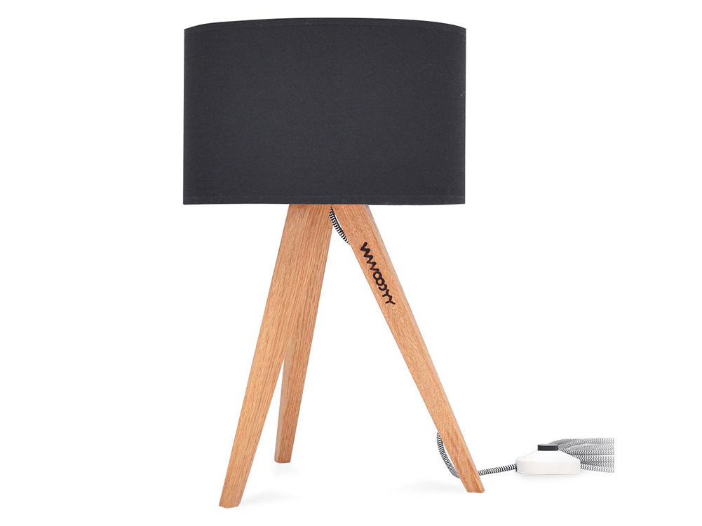 Vymeňte sviečky za dizajnovú stojaciu lampu