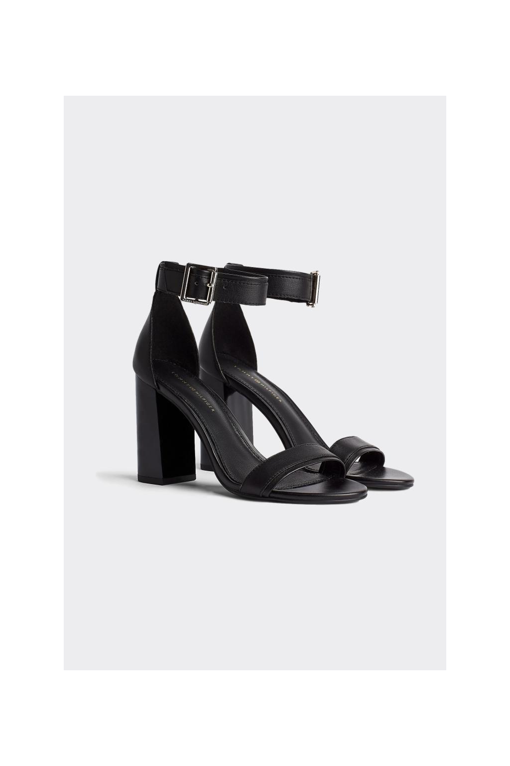 Tommy Hilfiger kožené sandály na podpatku - černá