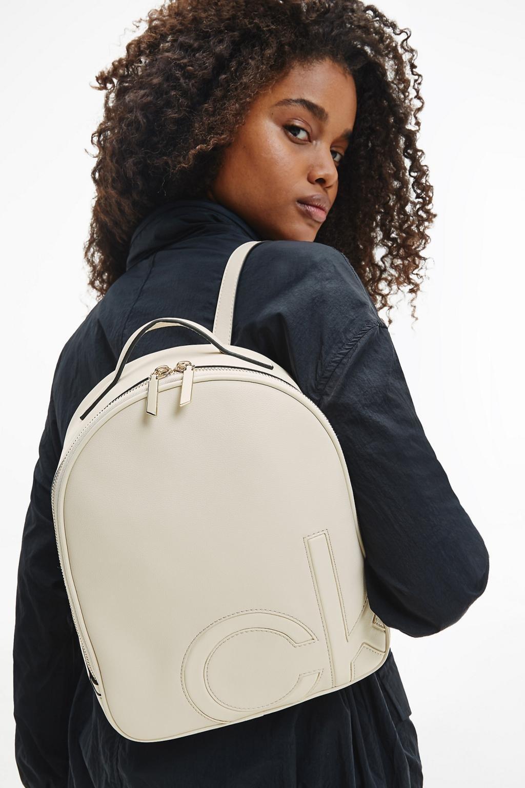 Calvin Klein batoh dámský - smetanová