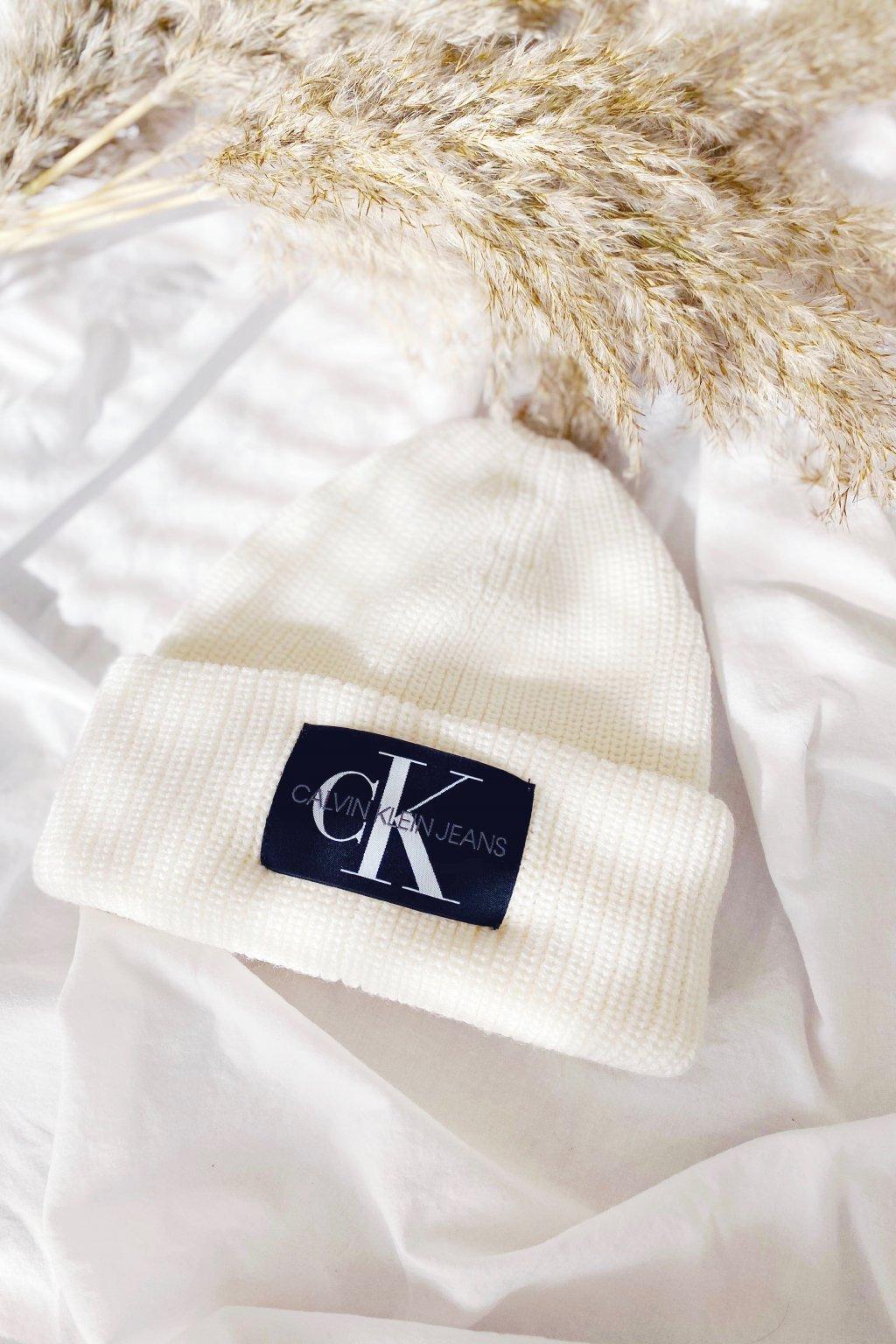 Calvin Klein Jeans čepice dámská- smetanová