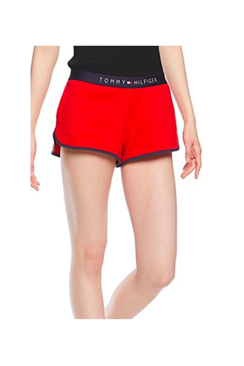 Tommy Hilfiger šortky - červené