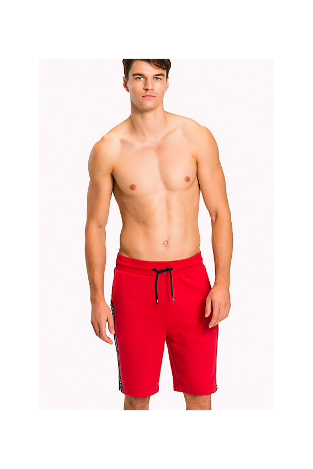 Tommy Hilfiger Logo Tape šortky - červená