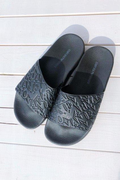 Emporio Armani pantofle allover logo