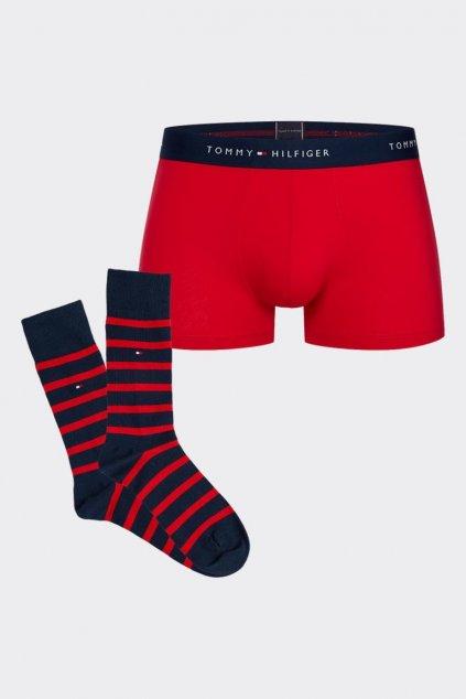 Dárkové balení Tommy Hilfiger boxerky + ponožky - červená