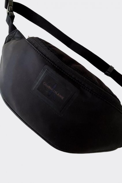 Calvin Klein Jeans ledvinka - černá