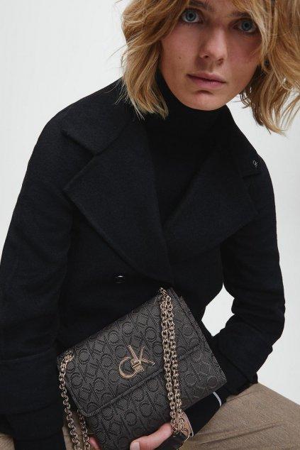 Calvin Klein Jacquard shoulder kabelka - černá
