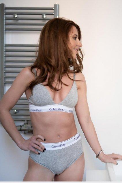 Calvin Klein Modern Cotton lehce vyztužená podprsenka - šedá (Velikost XS)