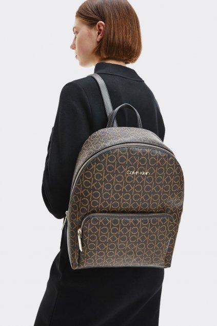 Calvin Klein monogram batoh dámský - hnědý