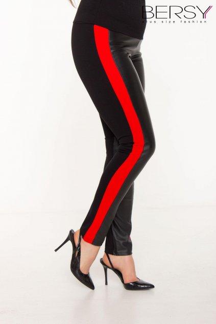 Nori nohavice červené