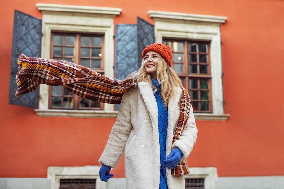 Zimní bunda patří i do města. Zahřejte se stylově!