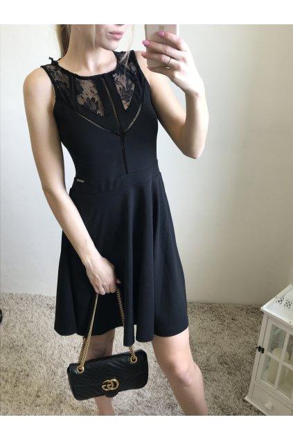 Elegantní šaty GUESS