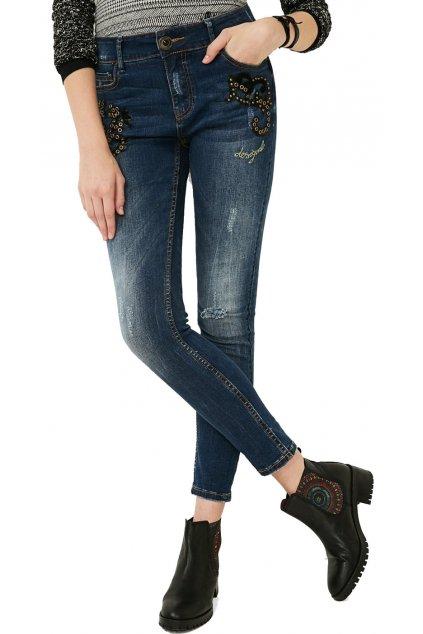 Dámské džíny s nášivkou a cvočky Desigual