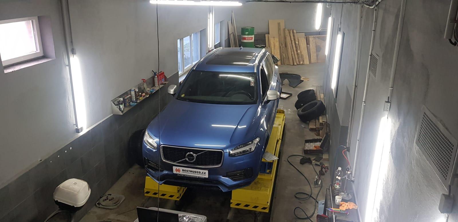 Volvo XC90 - odhlučení