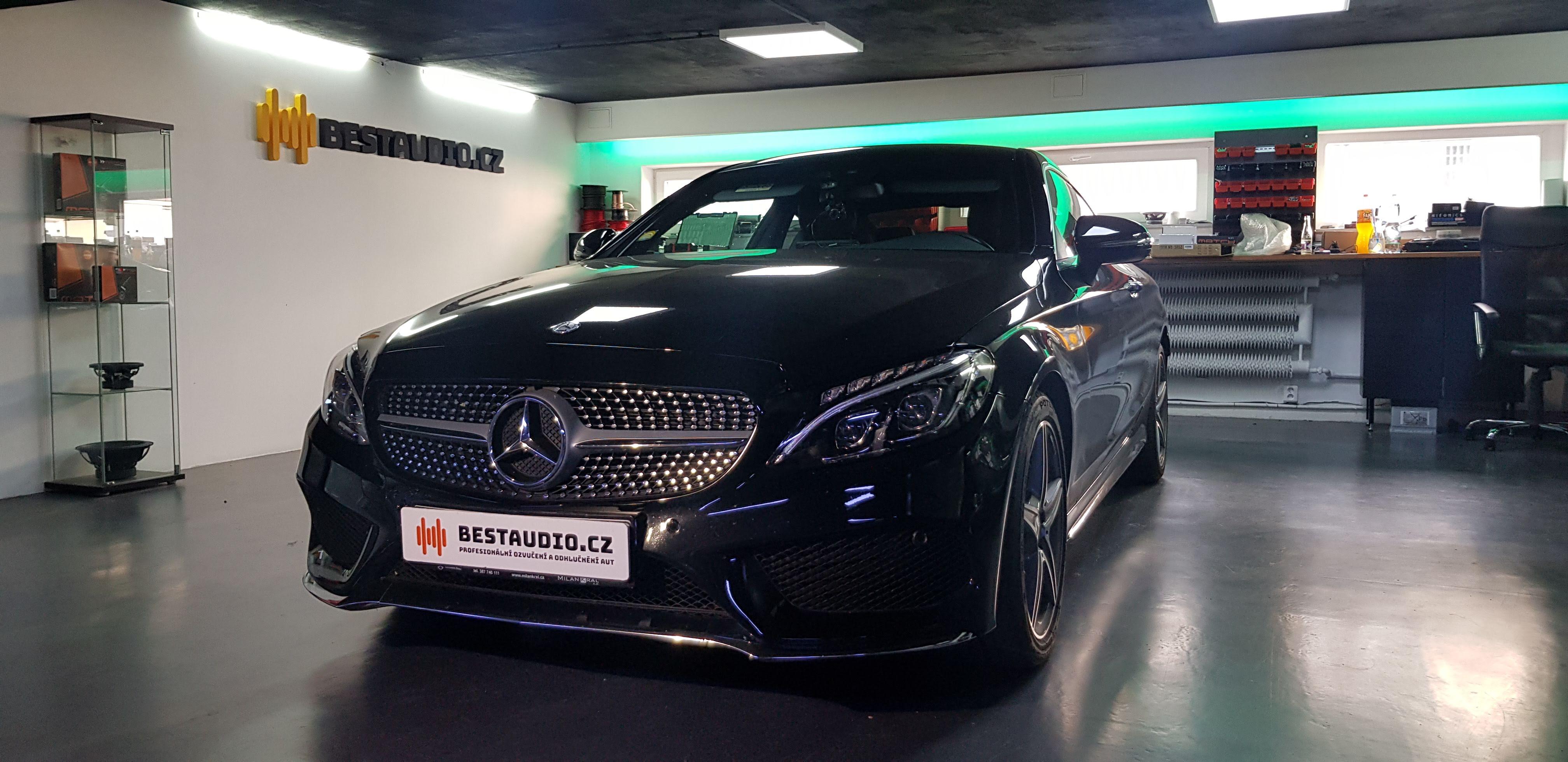 Mercedes C Coupe – kompletní výměna reproduktorů a subwooferů + instalace zesilovače