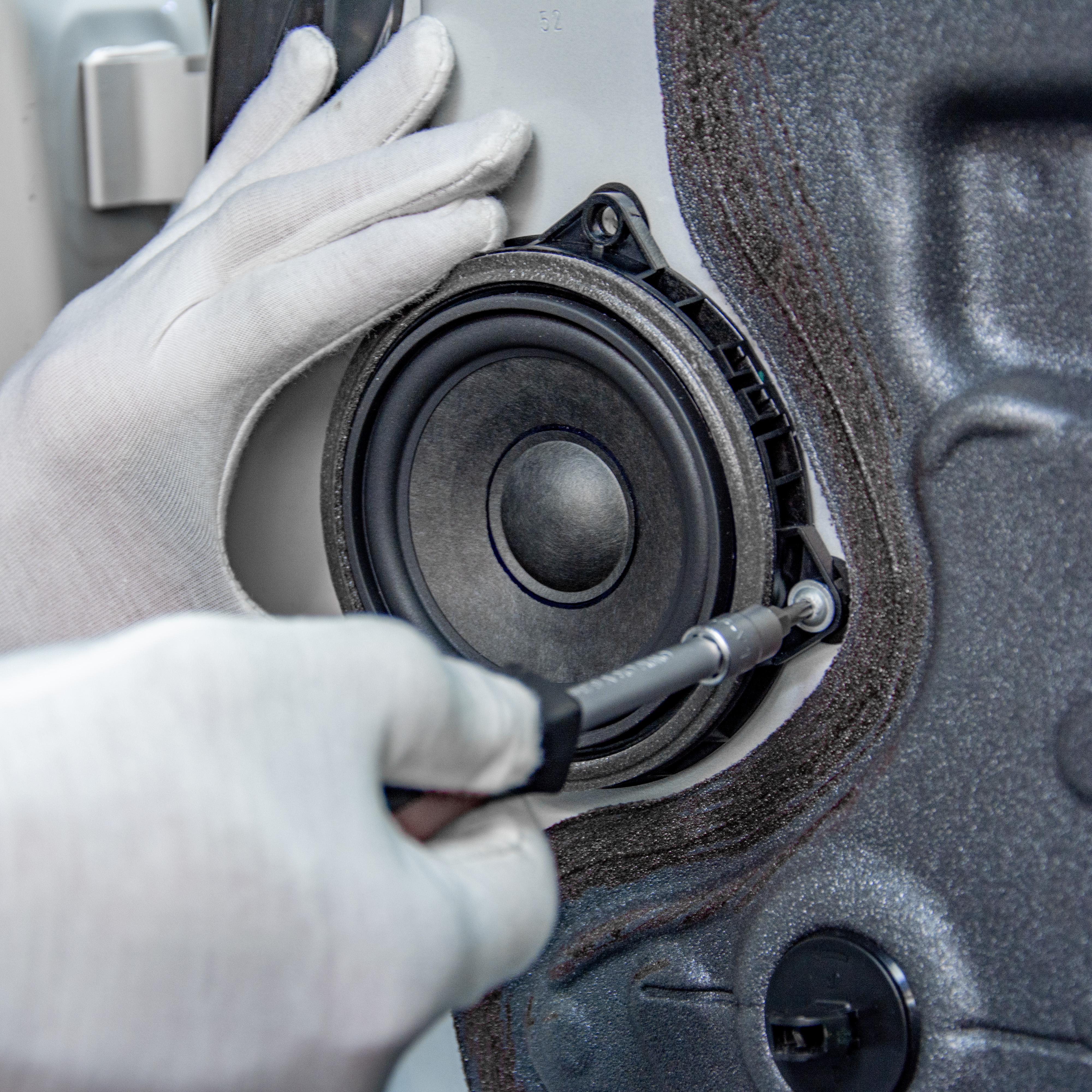 Prémiový audio systém do BMW, Mercedesů a dalších prémiových vozů.
