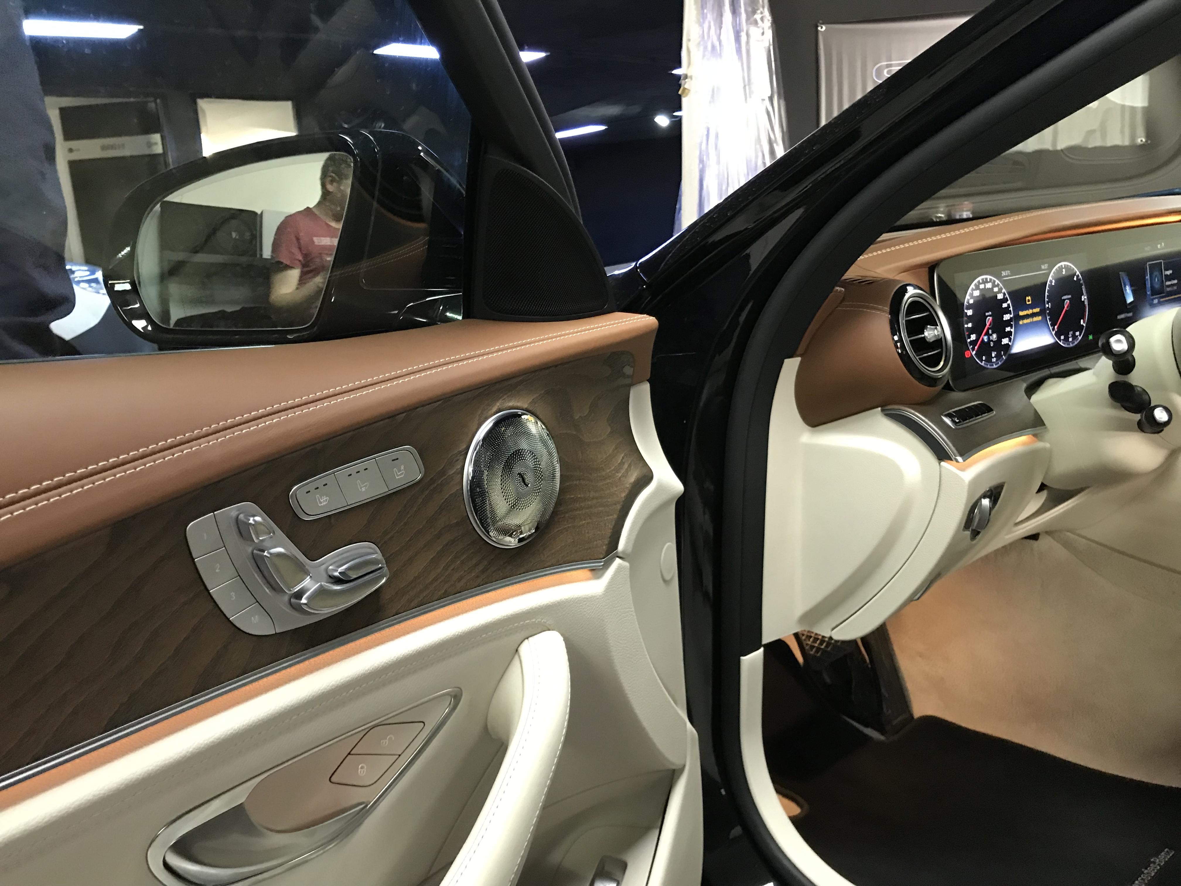 Mercedes E 2017 - W213 - Kompletní ozvučení